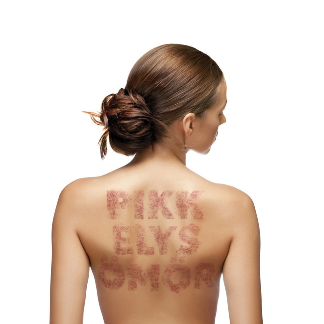 pikkelysömör súlyosbodásának kezelésére arcmaszk vörös foltok és hámlás ellen